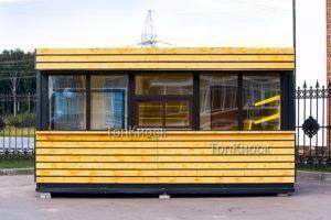 Торговый павильон в рейках в Ангелово